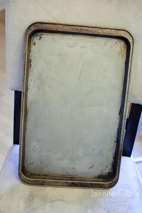 clean-cookie-sheet-baking-soda-jfp-4