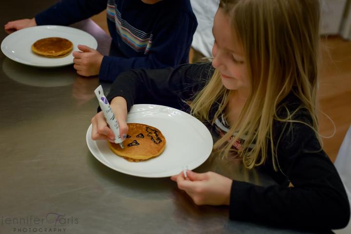 gluten-free-pumpkin-pancakes-1